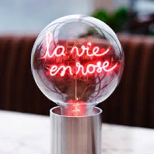 """Lampe """" La vie en rose"""" socle noir"""